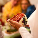 Cum poți personaliza ușor un meniu de nuntă?